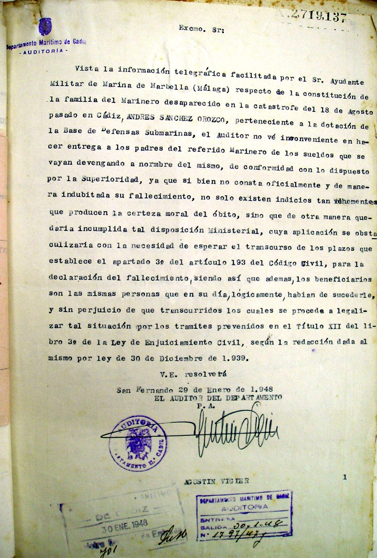 Informe favorable del Auditor del Departamento para que se abonen los haberes del marinero Andrés Sánchez Orozco