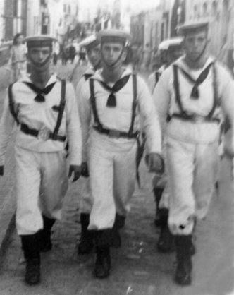 Marineros del CIM en 1947